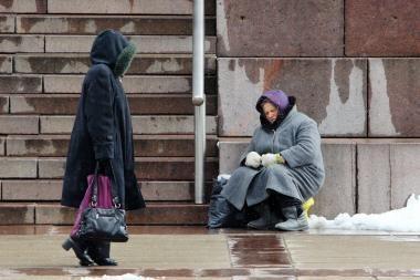 Skurdas Lietuvoje didėja, finansinė gyventojų padėtis prastėja