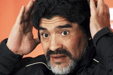 D.Maradona: tegul Pele grįžta į muziejų, o M.Platini - tipinis prancūzas