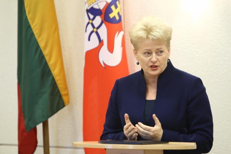 Prezidentė Lietuvos žmonėms linki vienybės ir pasitikėjimo