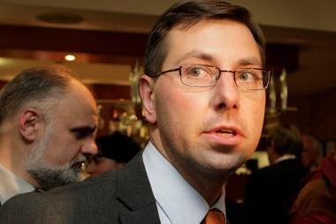 Laukiama ministro sprendimų dėl paramos Demokratinės politikos institutui