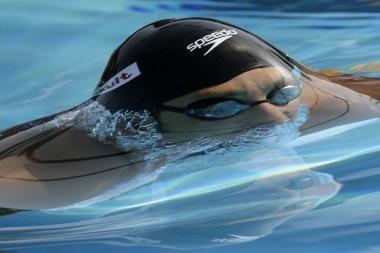 Atletų dominavimą plaukimo ir bėgimo rungtyse lemia jų masės centras
