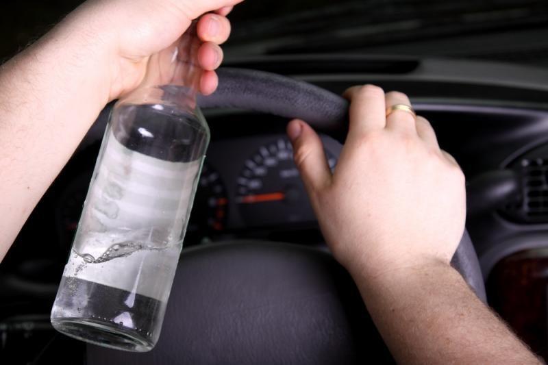 Per vasaros savaitgalius sulaikyta 1,6 tūkst. neblaivių vairuotojų