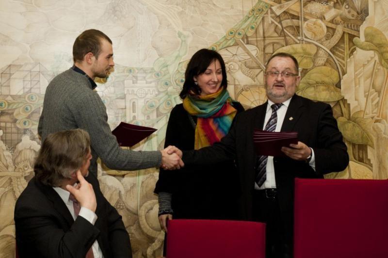 Klaipėdos universiteto studentai apdovanoti stipendijomis