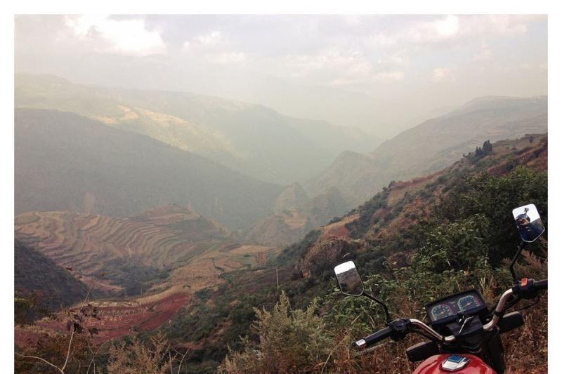 """Kinijoje keliaujantis lietuvis jaučia nostalgiją motociklui """"Jawa"""""""