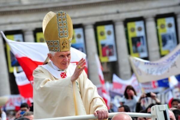 Minint popiežiaus Jono Pauliaus II vizitą Lietuvoje lankysis jo biografas