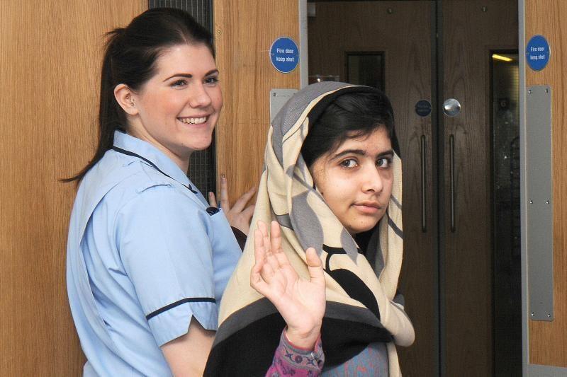 Pakistane talibų pašauta paauglė išrašyta iš ligoninės Britanijoje