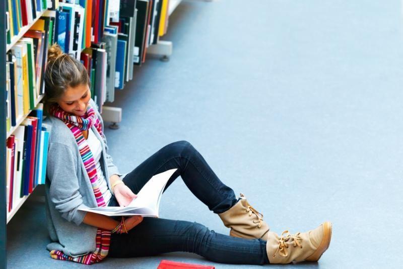 Studentai šiemet prašo rekordiškai daug socialinių stipendijų