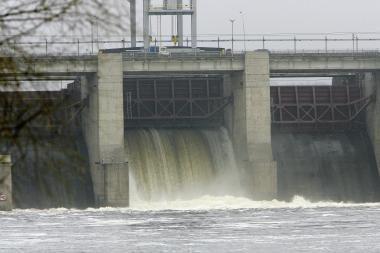 Visuomenininkai priešinasi hidroelektrinių statyboms