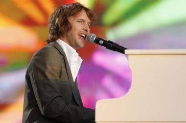 """Meilės šauklys James Bluntas koncertuos """"Siemens arenoje"""