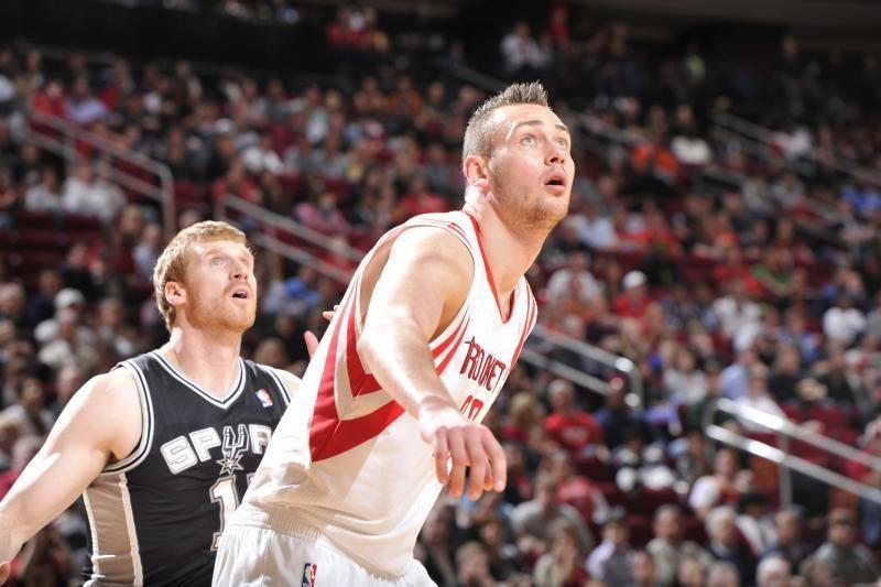 """D-Mo prie 3 iš eilės """"Rockets"""" pergalės prisidėjo 7 taškais"""