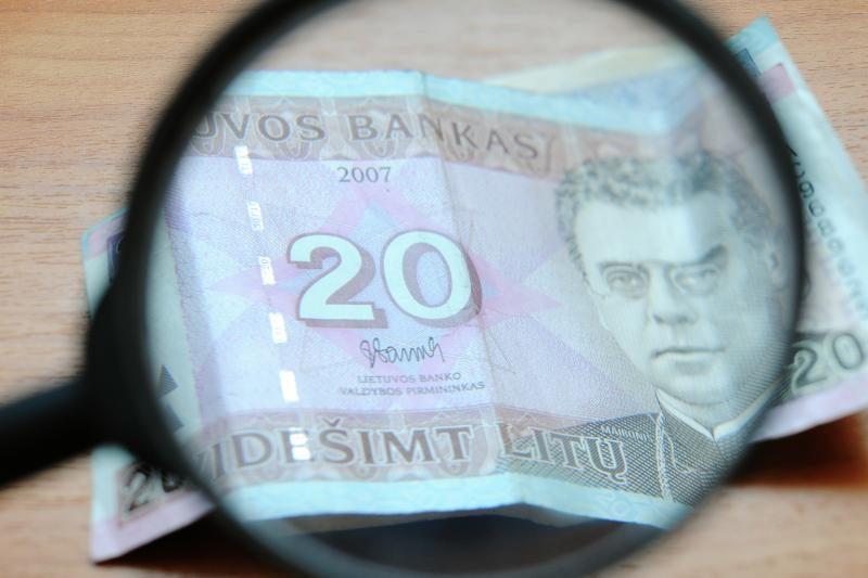 Du panevėžiečiai kaltinami legalizavę nusikalstamu būdu įgytą turtą