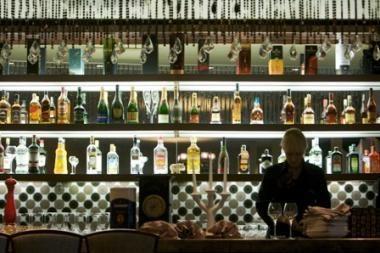 Seimas nesutiko sumažinti alkoholio akcizo