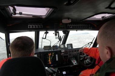 Jūroje sugedus kateriui išgelbėti penki žvejai