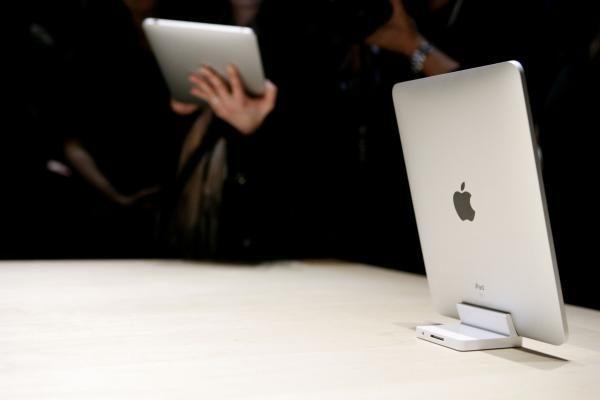 """Kinijoje pradėjo išiminėti iš prekybos """"iPad"""" planšetes"""