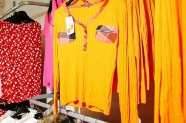 Atpigus medvilnei, aprangą brangins augančios kitų žaliavų kainos
