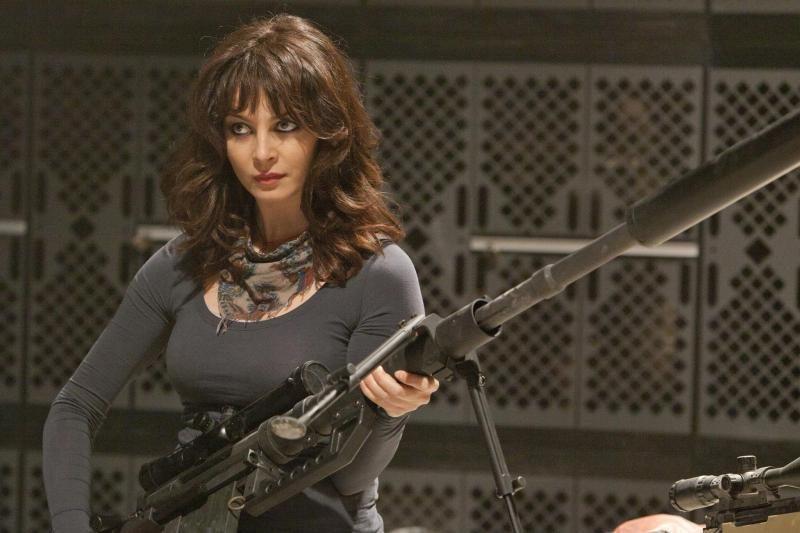 Kylanti italų kino žvaigždė Violante Placido: ginklai jai tinka