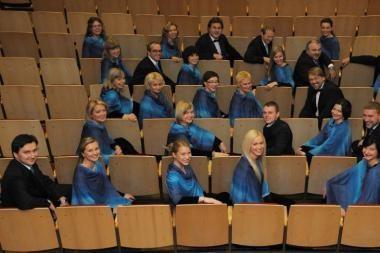 Intriguojančiame koncerte fagotams antrins choras
