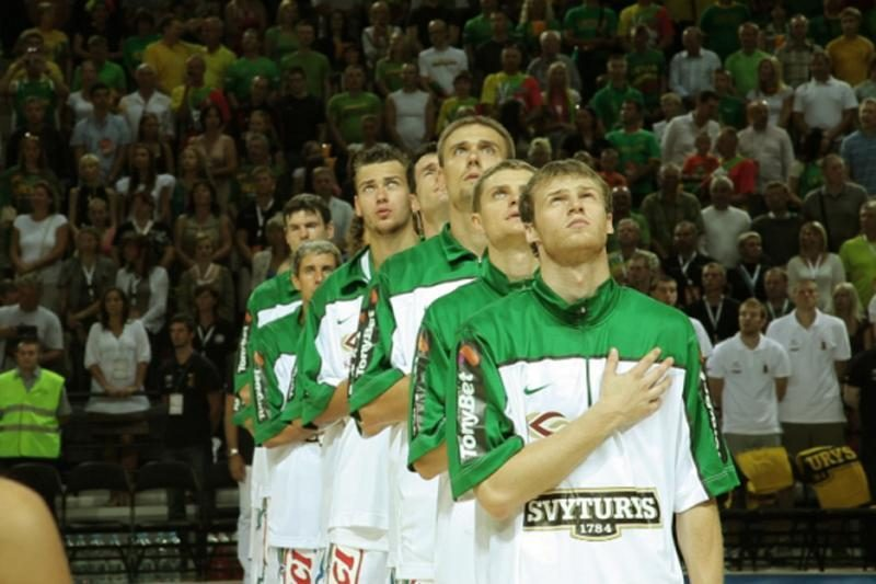 Krepšininkai atviri: himnas mus užveda