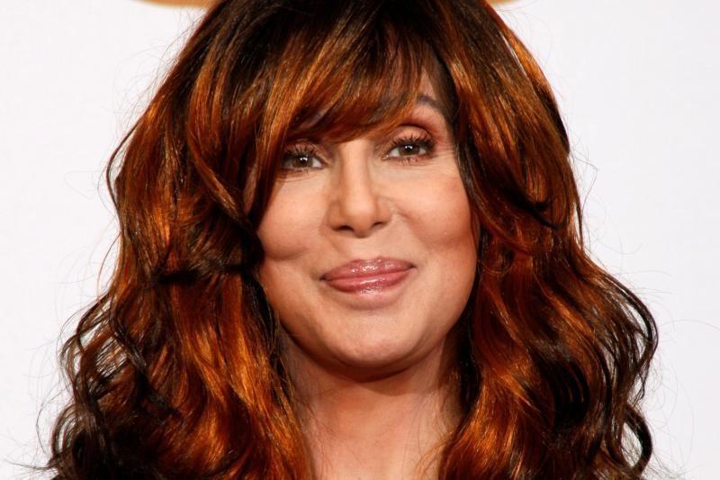 66-erių Cher paneigė gandus apie vedybas