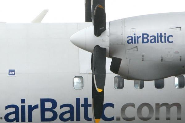 """""""airBaltic"""" keleivių šiemet sumažėjo 9 proc."""