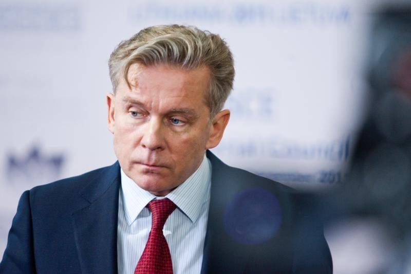 A.Ažubalis nežino kur prie Rusijos sienų yra didelės NATO pajėgos