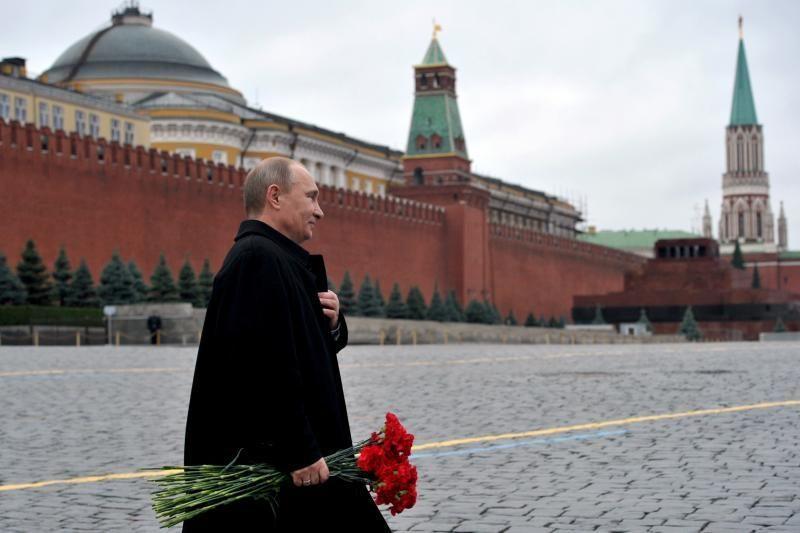 Kremlius pasipiktinęs informacijos nutekėjimu iš V. Putino susitikimo