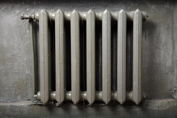 Ukmergės rajono savivaldybei pasiūlyta atnaujinti karšto vandens ir šilumos tiekimą