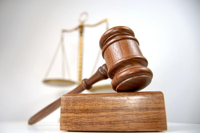 Triskart sumažinta bauda už klastojimą nuteistam eksprokurorui