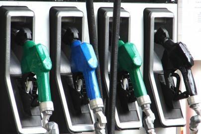Aukštas degalų kainas lemia objektyvios priežastys, teigia A. Kubilius