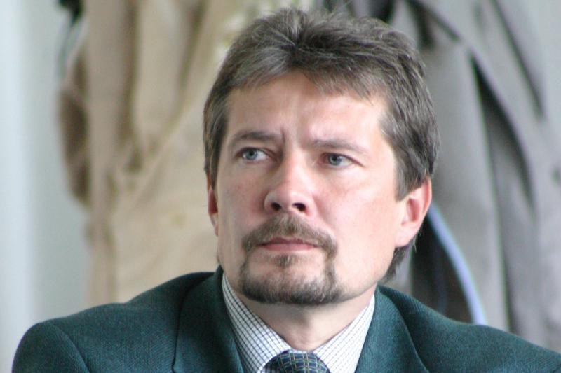Staiga mirė Miškų instituto direktorius prof. R. Ozolinčius
