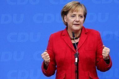 Neatvykusi į Lietuvą A.Merkel telefonu atsiprašė D.Grybauskaitės