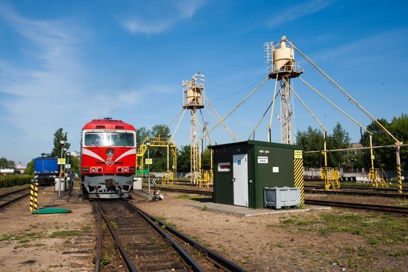 """""""Lietuvos geležinkeliai"""" nutraukė konkursą """"Rail Baltica"""" ruože"""
