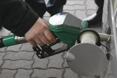 Ministerija: benzino ir dyzelino kainos turėtų patraukti žemyn