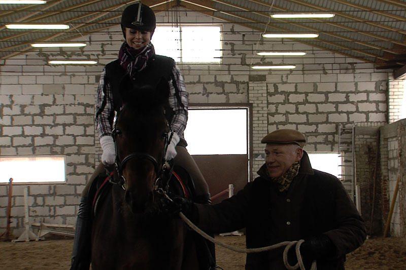 """Seriale """"Vyno kelias"""" Inga Valinskienė sės ant žirgo"""