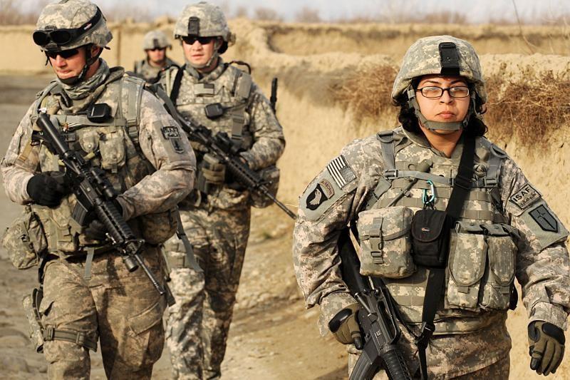 Afganistano pietuose per sprogimą žuvo penki JAV kariai