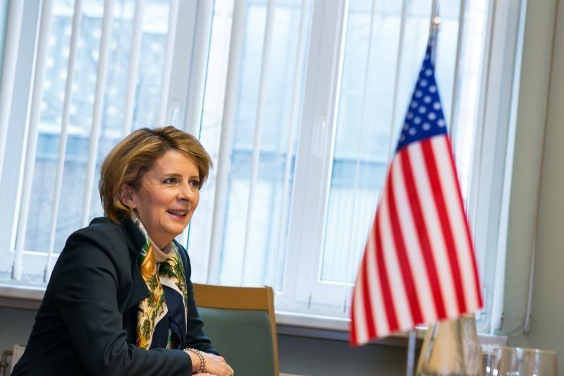 JAV ambasadorė: Lietuva turėtų įvertinti visus energijos šaltinius