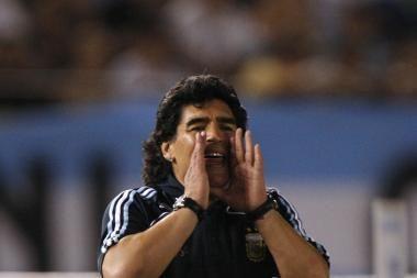 D.Maradona treniruotėje tapo futbolininkų
