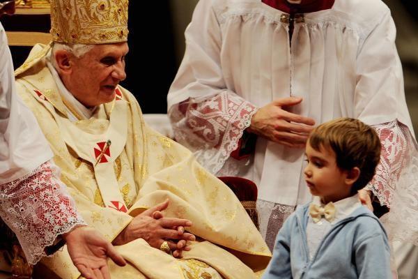 Popiežius susitinka su Airijos vyskupais dėl vaikų lytinio išnaudojimo skandalo