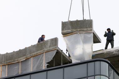 Statybų bendrovės vėl dairosi darbininkų