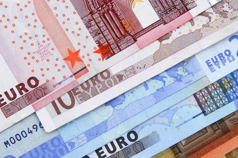 """Suomijos ministras perspėja dėl naujos euro zonos """"Berlyno sienos"""""""