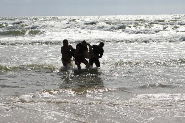 Motina audringoje Baltijos jūroje vos neprarado atžalos