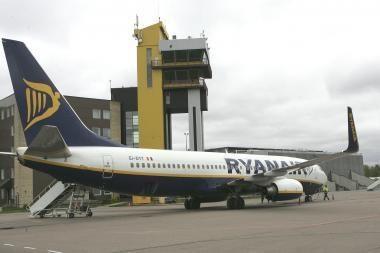 Kauno oro uoste daugėja keleivių