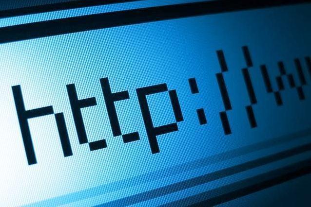 """Interneto """"tėvas"""" pasisako prieš įstatymą, naikinantį žmogaus teises"""