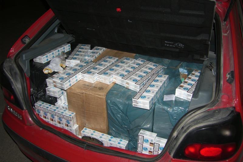 Policija išardė nelegalių akcizinių prekių platinimo tinklą