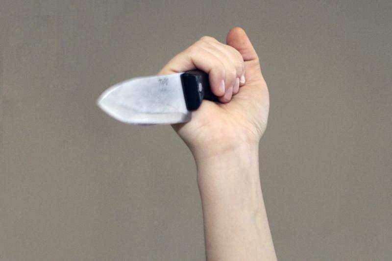 Peiliu ginkluotas klaipėdietis vaikėsi vaikus