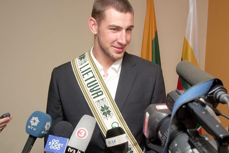 J. Valančiūnas tapo geriausiu 2012 m. Europos jaunuoju krepšininku!