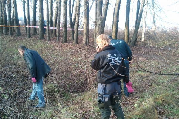 Kaune rasti keliolikos žiauriai išdarkytų šunų kūnai (dar papildyta)