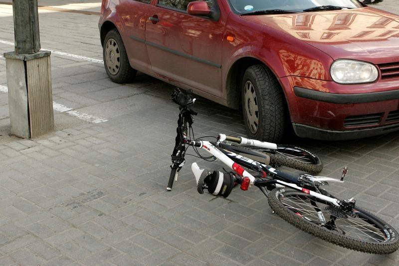 Panevėžyje mirė nuo dviračio nugriuvęs vyras