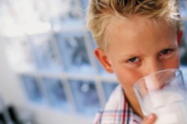 Biurokratija trukdo vaikams gauti pieno ir vaisių