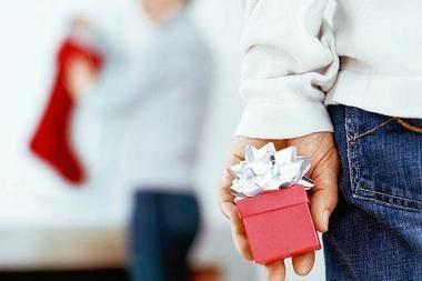 Savivaldybėms valdininkams – nurodymai, kaip elgtis, kai siūloma dovana